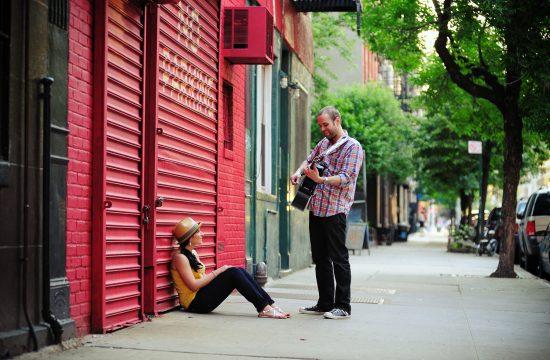 engagement couple guitar