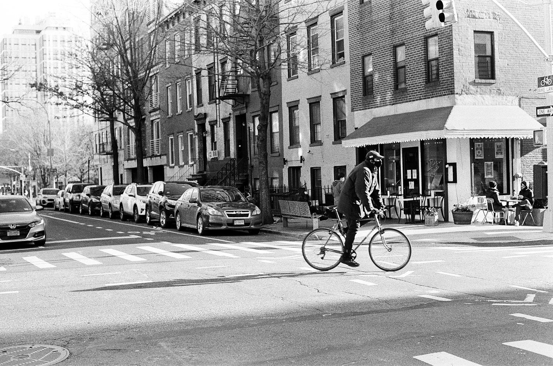 Williamsburg Brooklyn street photography by wedding photographer wendy g